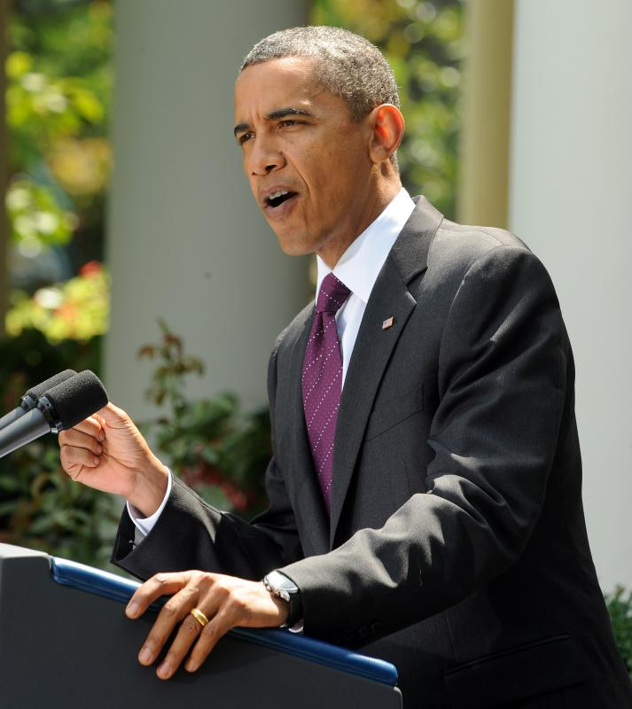 Obama Presses For Campaign Reform