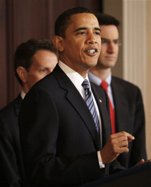 Obama stands firm on tax cuts