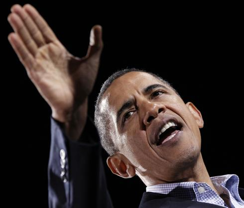 Obama stops in Cleveland before Midterm Elections on Tuesday